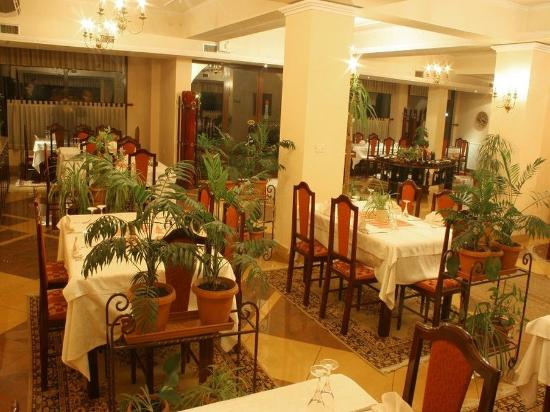 Hotel Baron: Restaurant