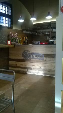 ristorante l 39 angolo della pizza in bologna con cucina pizza e pasta. Black Bedroom Furniture Sets. Home Design Ideas