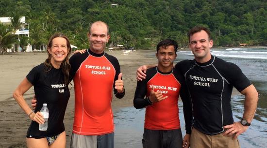 Tortuga Surf School: First class instructors