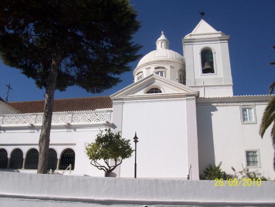 Nossa Senhora dos Mártires Church