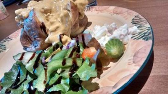 The Barn Cafe: Yummy baked potato with coronation chicken