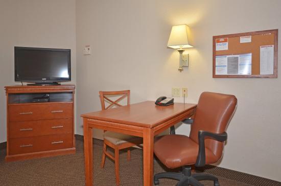 Cape Girardeau, MO: Guest Room