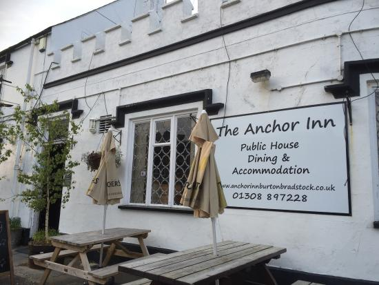 The Anchor Inn: Amazing, decided to eat here because of the reviews  was not disappointed,  my husband had a mus
