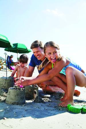 Isle of Palms, SC: Wild Dunes_Experiential_beach sandcastles