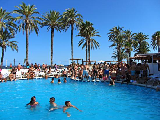 Ibiza Jet Apartments Pool Party