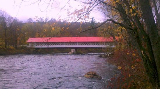 Ashuelot Bridge from downstream