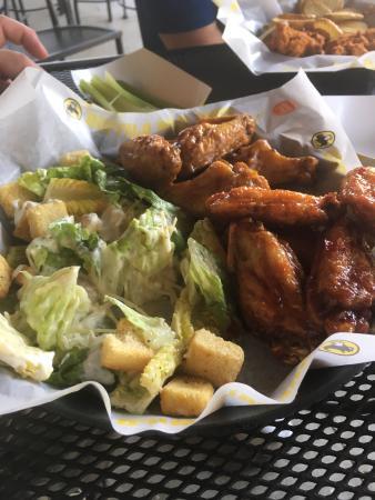 Lexington Park, MD: Wings n things at BWW!!