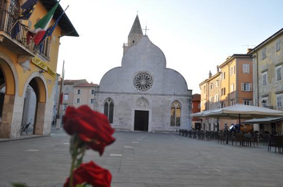 Muggia, Italia: La facciata