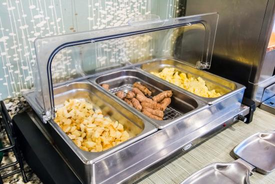 Quality Inn St. Helena : Breakfast