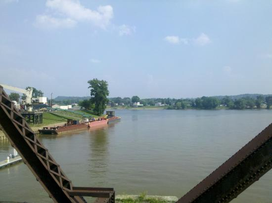 Marietta, OH: Ohio River