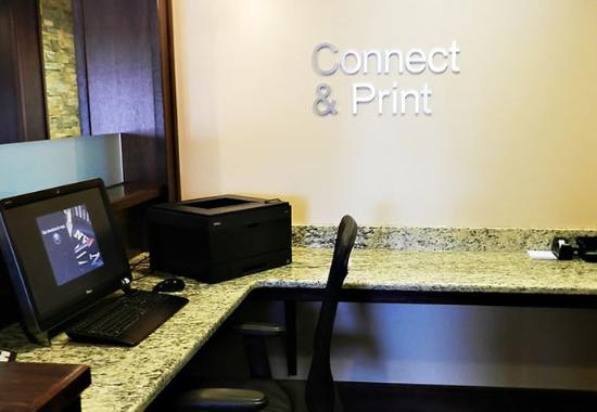 Slippery Rock, PA: Business Center