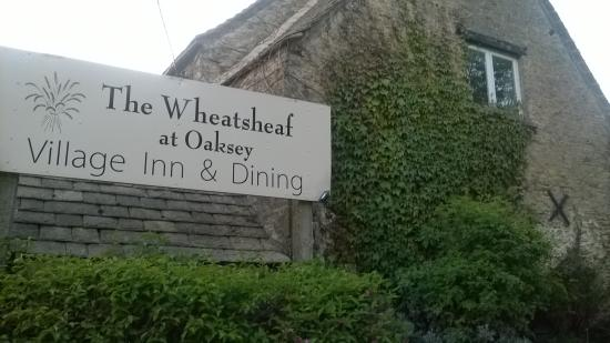 Oaksey, UK: the wheatsheaf inn. lovely!!
