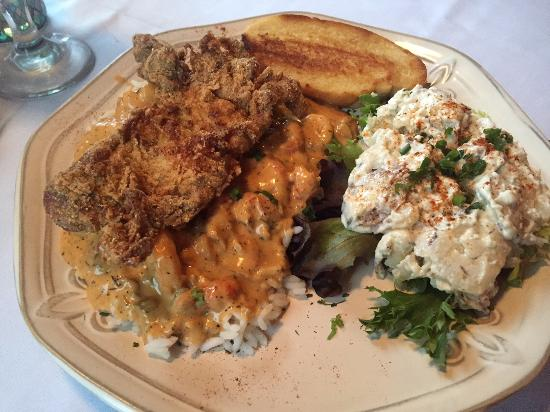 Colombia, TN: Shrimp/crabmeat etouffe topped with soft-shell crab