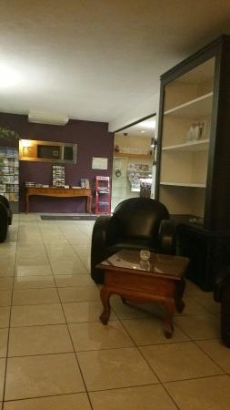 Gradignan, Francia: Inter-Hotel Le Cottage d'Amphitryon