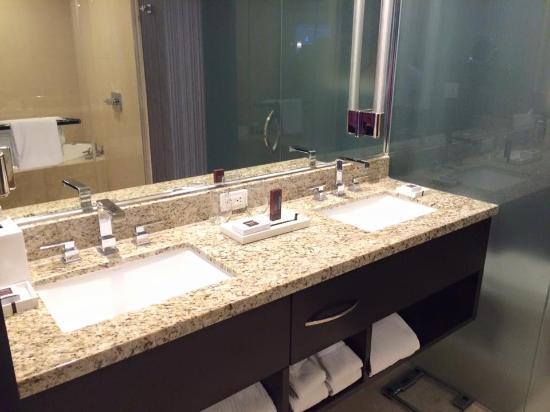 Ordinaire ARIA Resort U0026 Casino: Dual Sinks