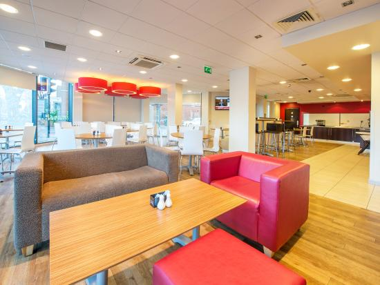 Travelodge London Hounslow Hotel: BarCafe