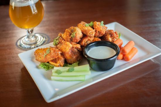 Lemont, IL: Wings are one of our many specialties