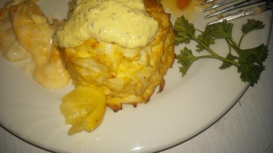 Pappas Restaurant - Parkville: Crab cake