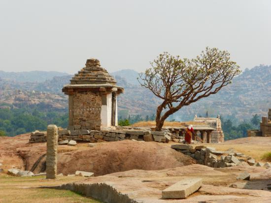 Hemakuta Hill Temple Complex