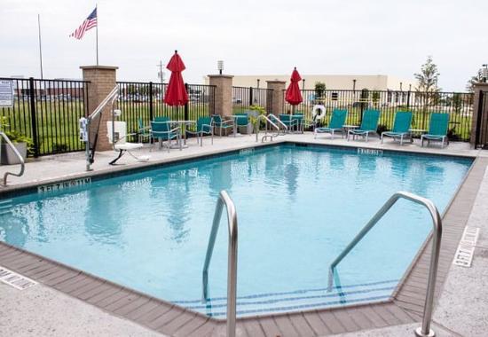 Port Arthur, Техас: Outdoor Pool