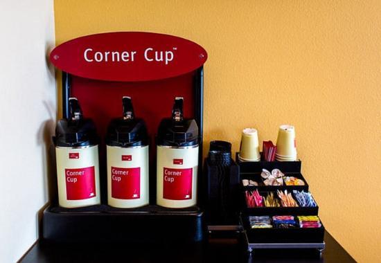 Lancaster, CA: Corner Cup
