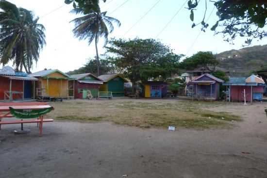 Bougainvilla Hotel: place du marché