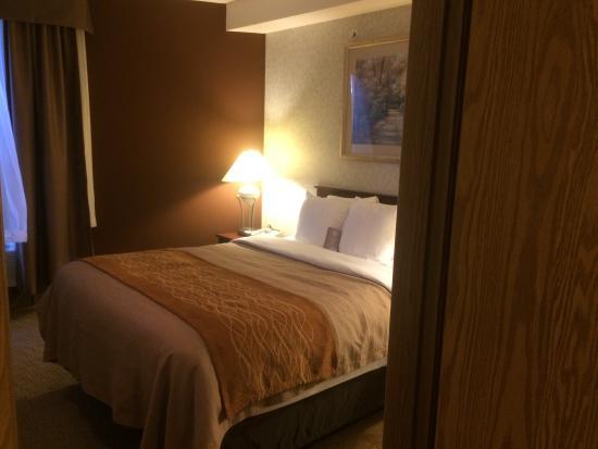 Medicine Hat, Canadá: One Bedroom Queen Suite