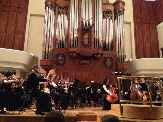 Saydashev State Big Concert Hall: Ambiente e Som impecáveis