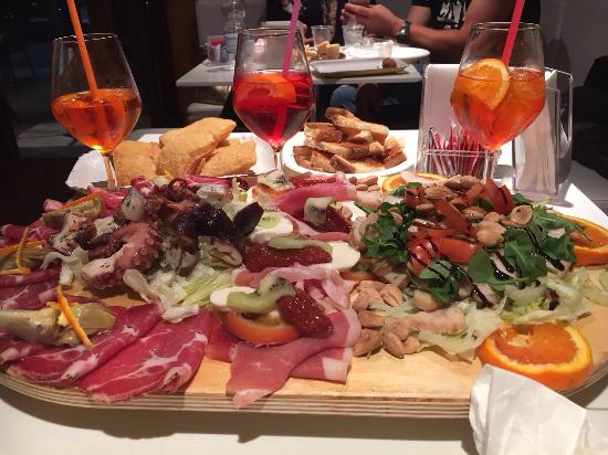 Bar Pace: Super aperitivo 😃