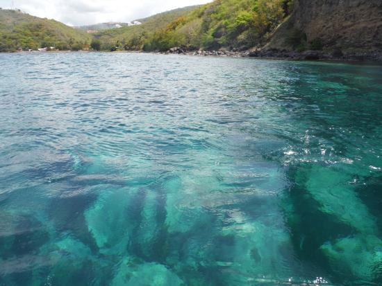 Trois-Ilets, Martinique: De magnifique fonds bleus.