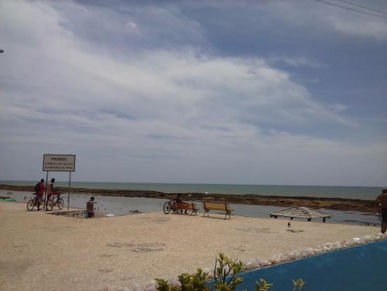 Vista da Entrada do Restaurante, Praia de Jaua