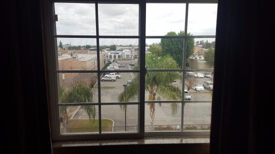 Extended Stay America - Bakersfield - Chester Lane: View from the room from 4th floor- looking towards Marie Calendar Restaurant