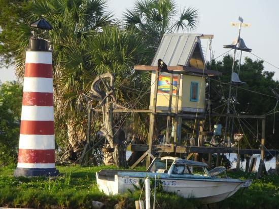 Homosassa Riverside Resort: Monkey Island view from Resturant