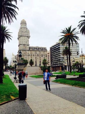 Plaza Independecia (Montevideo)