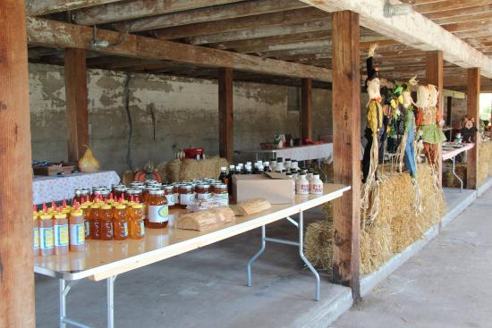 Cross Plains, WI: Honey straight from the farm bees and other goodies!
