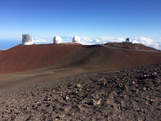 Mauna Kea Summit: looking across the road from the 'Sacred Summit'