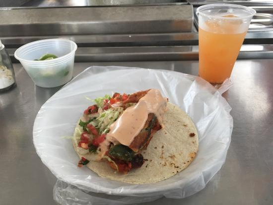 Vallarta Eats Food Tours: Memo took us on a great tour!!! The pace was perfect sims the tacos were yummy!!! Do this on you