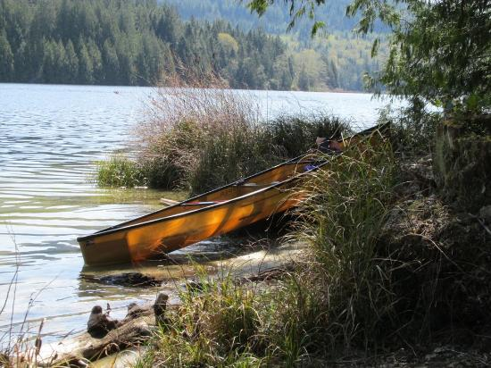Powell River, Canadá: An Ultralight Canoe