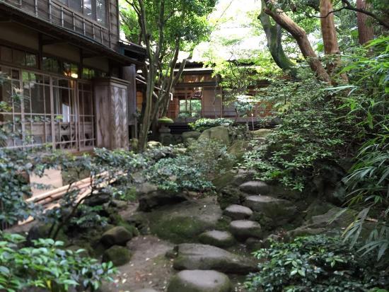 Fukuzumiro Ryokan : Estancia fantástica en Hakone. La anfitriona estuvo muy atenta durante toda la estancia. Y todo