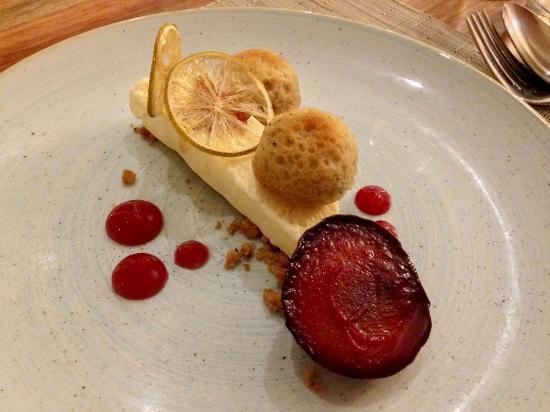 Arajilla Restaurant : Spiced chiffon cake with poached plum, candied ginger, lime wafers parfait & spiced plum gel