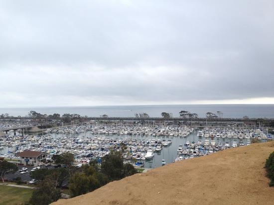 Dana Point, Califórnia: Harbor view from trail
