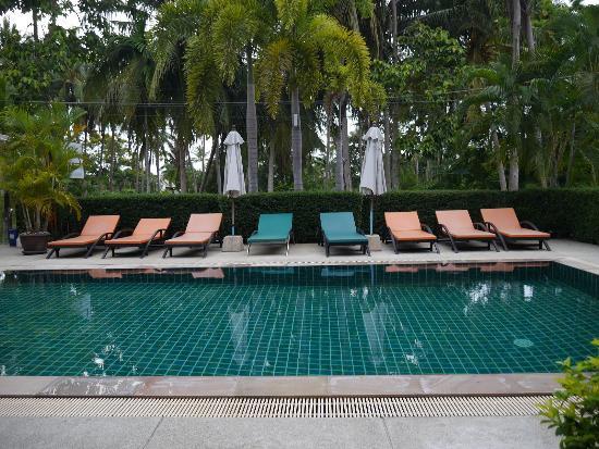 Ampha place hotel bewertungen fotos preisvergleich for Swimmingpool angebote