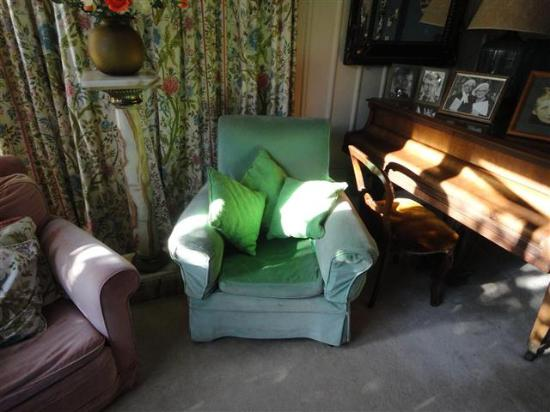 Ngaio Marsh House: Green chair in which Ngaio Marsh wrote (with geen ink)