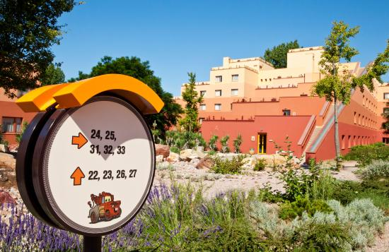 Disney S Hotel Santa Fe Coupvray France Reviews Photos Price