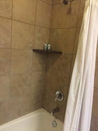 Vancouver, WA: Bathroom 1