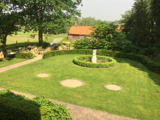 Sint-Martens-Latem, Bélgica: The view from our bedroom