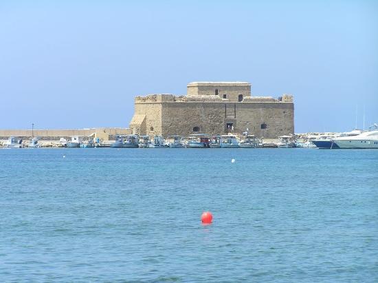 Kiniras Hotel: Μεσαιωνικό κάστρο Πάφου