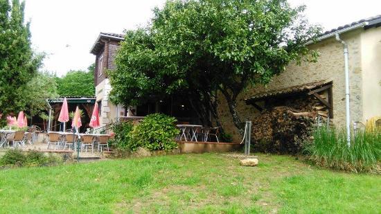 Monflanquin, Fransa: terrasse resto