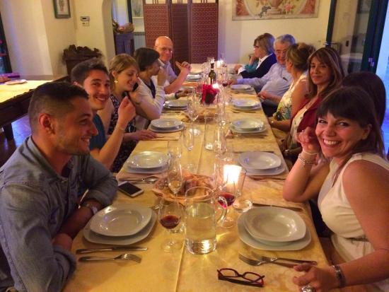 Pantigliate, Italia: cena di laurea in una bellissima saletta riservata