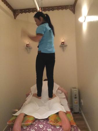 Walk On Back Picture Of Dow Professional Thai Massage Glasgow Tripadvisor